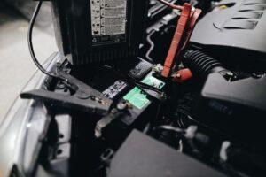 Инструменти за акумулатори 4 - електронно зарядно